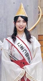 舞台女優を目指している「こまつ姫御前」の松浦さん=小松市内