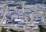 日本原燃の使用済み核燃料再処理工場=青森県六ケ所村
