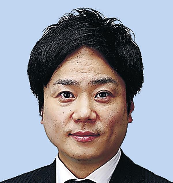 角田悠紀氏