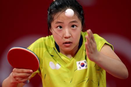 卓球女子団体1回戦に登場した韓国の申裕斌=2日、東京体育館(ゲッティ=共同)